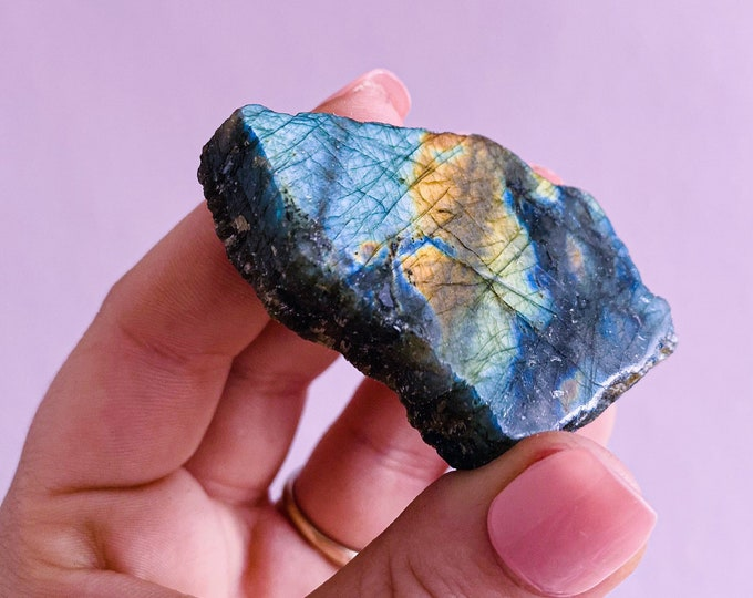 Small Raw Flashy Labradorite Freeform Crystals / Helps Transformation & Change, Inspires You To Achieve Your Dreams / Uplifts Your Mood