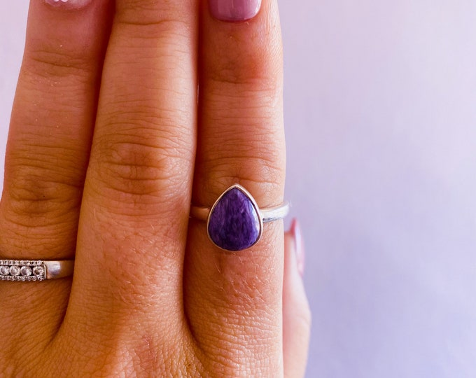 Charoite Sterling Silver Crystal Ring Size R / Change & Positive Transformation / Reduces Stress, Worries / Works With Heart Chakra