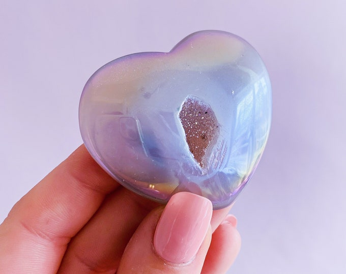 Angel Aura Agate Crystal Love Hearts / Transforms Negative Energy / Balances & Harmonises The Energy In Your Home / Concentration