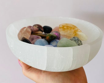Selenite 19cm Cleansing & Charging Large Crystal Bowl / Cleanse Crystals / Helps You To Deal With Abuse / Good For Acne, Psoriasis, Eczema