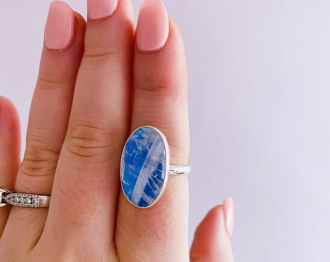 Sterling Silver Blue Moonstone Crystal Ring Size P / Improves Inner Confidence / Allows Us To See More Clearly / Life Changing Inspiration