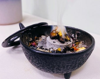Black Cast Iron Incense Resin Bowl With Lid / Incense Cones, Loose Incense / Spellcraft / Witchcraft