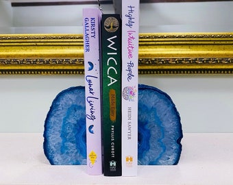 1.4kg Large Blue Agate Crystal Geode Book End Pair / Transforms Negative Energy / Balances & Harmonises The Energy In Your Home / Home Decor
