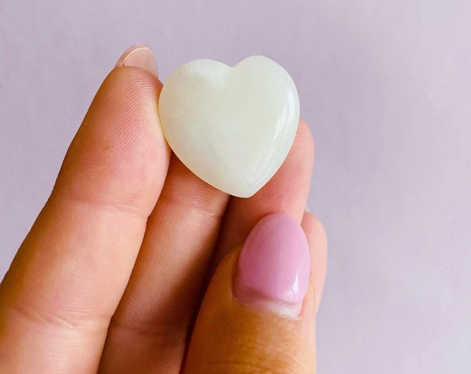 Small New Jade Polished Crystal Heart / Brings Good Luck & Wealth / Prevents Illnesses / Brings Calm To Chaos / Increases Love, Trust