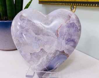 Rare Pink Amethyst Love Heart Crystal / Great For Soul Guidance & Being Open To All Love / Eases Anxiety, Stress, Nightmares / Heart Chakra