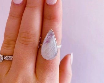 Sterling Silver Pink Moonstone Crystal Ring Size P / Improves Inner Confidence / Allows Us To See More Clearly / Life Changing Inspiration