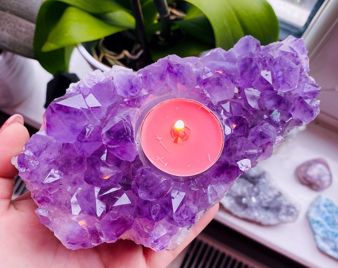 1) Amethyst Druze Crystal T-Light Holder / Great Healer / Great For Migraines, Headaches & Sleeping Troubles  / Relieves Anxiety, Stress
