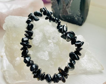 Black Tourmaline Crystal Chip Bracelet / Protects Against All Negativity / Encourages Optimism, Happiness, Good Luck / Reduces Pain & Stress