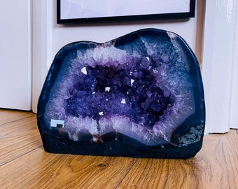 5.9kg Amethyst Crystal Geode Church Cathedral / Great Healer / Good For Sleeping Troubles, Migraines & Headaches / Relieves Anxiety, Stress