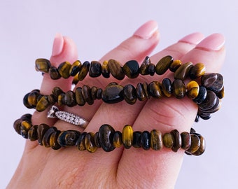 Lucky Tigers Eye Crystal Chip Bracelet / Grounding, Protective / Alleviates Fear & Anxiety / Focuses The Mind / Helps Decision Making
