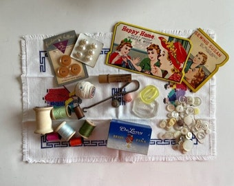 Vintage Hand Sewing Supplies - Mixed Lot of Vintage Sewing Notions - Vintage Sewing Accessories