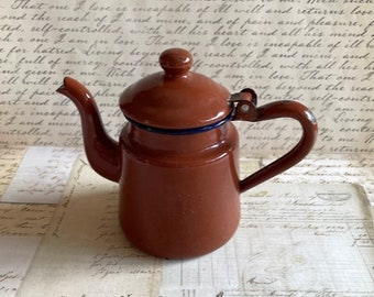 Small Vintage Enamel Teapot - Brown 1 Cup Teapot- Vintage Enamelware