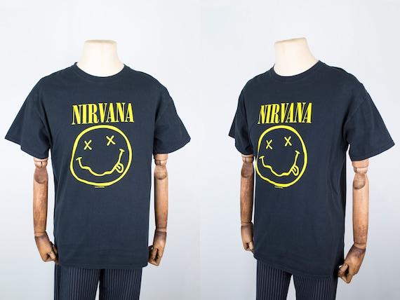 Mens Vintage 90s Nirvana Smile Kurt Cobain Short S