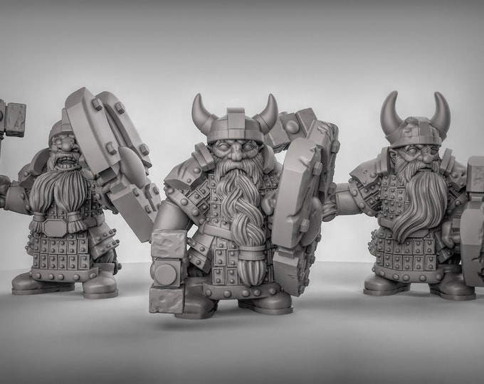 Dwarves Armoured - 3 Poses Available - 3D Printed Resin Miniature for Dungeons and Dragons, Pathfinder, Starfinder and other Tabletop RPGs