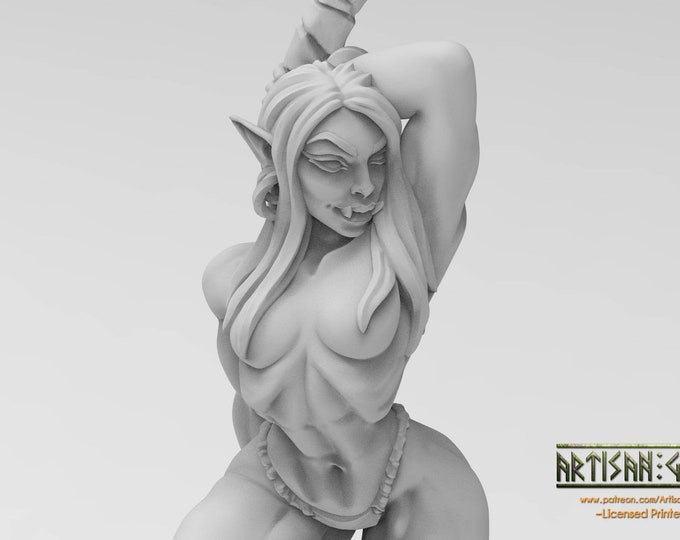 Yagraz - Orc Beauty - 3D Printed Resin Miniature for Dungeons and Dragons, Pathfinder, Starfinder and other Tabletop RPGs