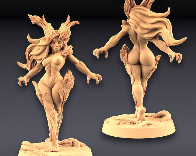 Aidreth Treeborn (pinup) - Deepwood Alfar - 3D Printed Resin Miniature for Dungeons and Dragons Pathfinder Starfinder and other Tabletop RPG