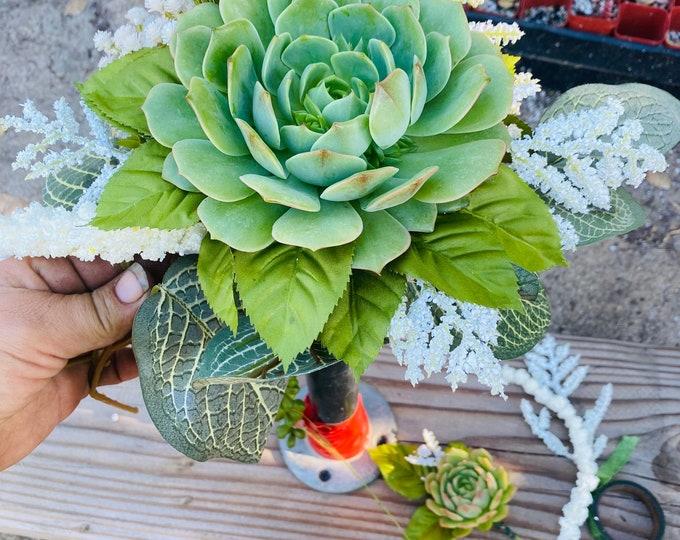 Succulent Centerpiece , succulent bouquet , table decor , Christmas Gift , Gifts , Sympathy Flowers , Succulents , Planters ,