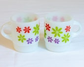 RARE Fire King MOD DAISY Mugs Set of 2 Anchor Hocking Stacking Mugs Hard to Find