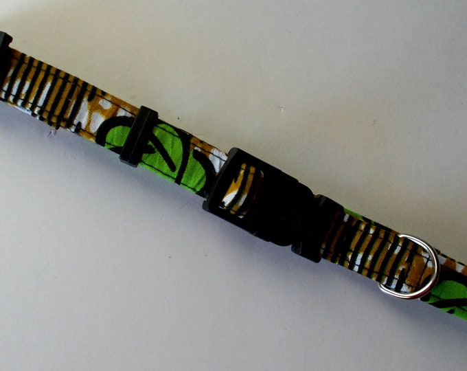 Dog Collar African Wax Flower Print Size Small