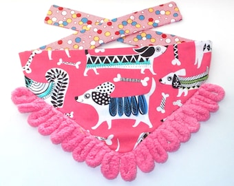 Dog Bandanas, Tie On, Reversible, Pink Dogs Strutting Print