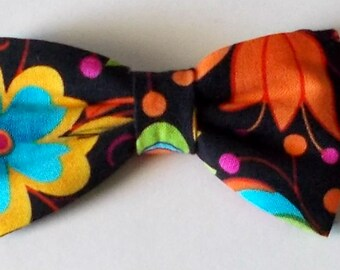 Dog Bow Tie Floral Print Size Small