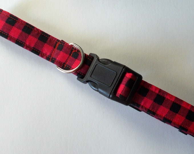 Dog Collar, Buffalo Plaid Red and Black Print (Size Medium)