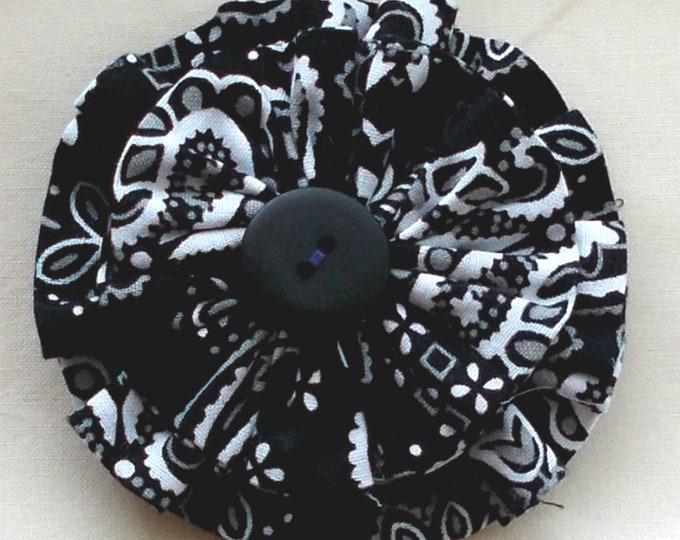 Dog Collar Flower Medium Size Black and White Print