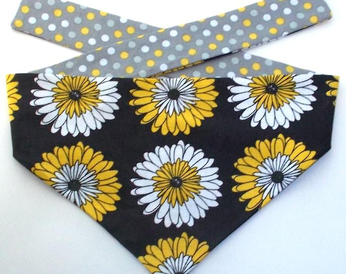 Dog Bandanas, Tie On, Reversible, Chrysanthemum Print - Size Small