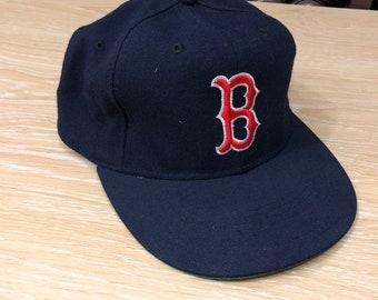 new product a7340 f4cae Vintage Boston New Era