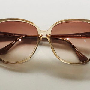 Avanti Limited edition vingage sunglasses wraparound mirrored lenses hand made in italy
