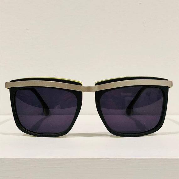Oliver Claire Goldsmith Sunglasses - image 7