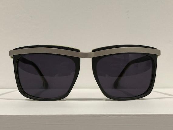Oliver Claire Goldsmith Sunglasses - image 4