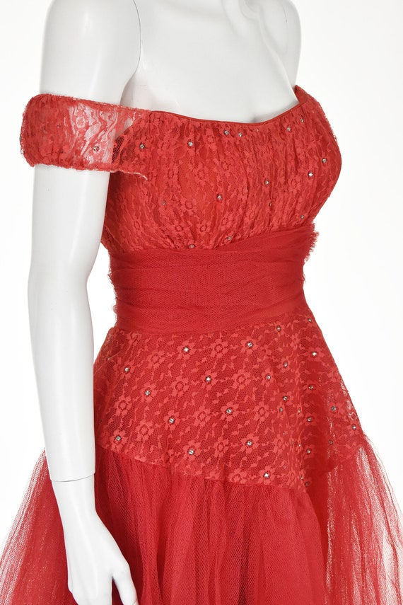 Classic 1950s Red Tulle Prom Party Dress - image 4