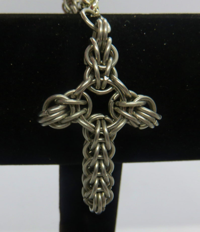 Chainmaille Cross