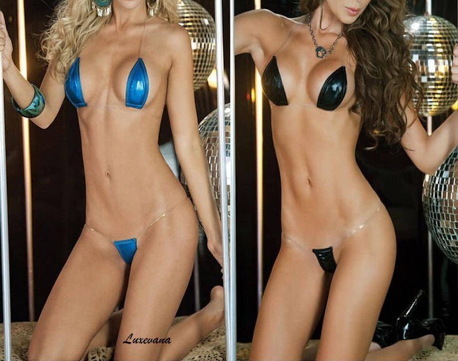 Free nude dressed clip