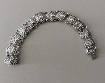 Antique Solid 830 Silver European Folk Link Bracelet