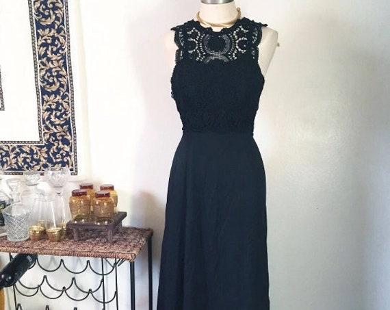 Stunning Vintage Full Length Strapless Black Dress Small