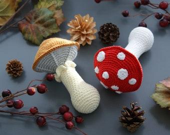 Neat Mushroom Rattle - Crochet Pattern - PDF in 4 languages: US & UK English, German, Dutch