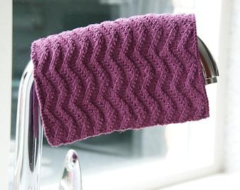 Stylish Dishcloth with Zigzag Motif - Knitting Pattern - PDF in 4 languages: US & UK English, German and Dutch