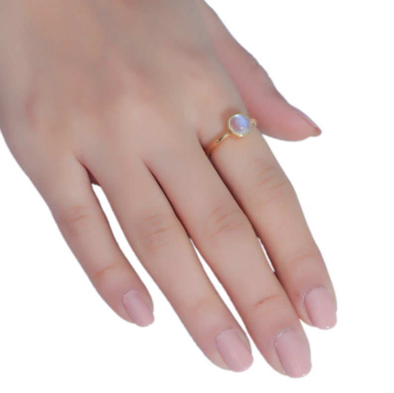 8 MM Rainbow Moonstone Ring Moonstone Round Ring Minimal Jewelry 18K Yellow gold vermeil Moonstone Ring delicate ring Stacking Ring