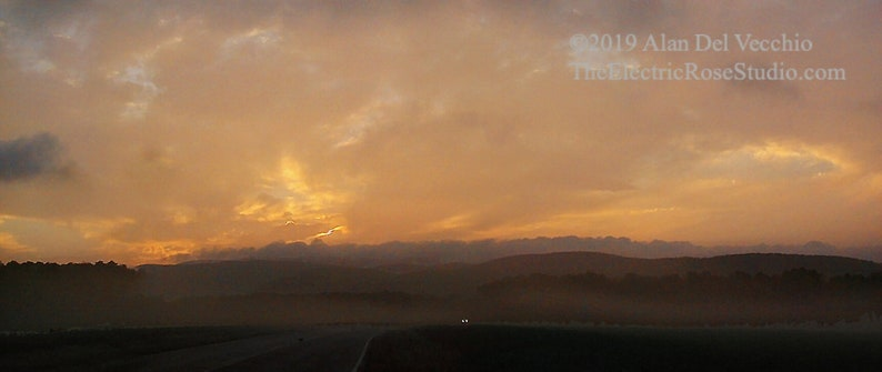 Dawn in Sushan  Landscape Giclée Print by Alan Del image 0