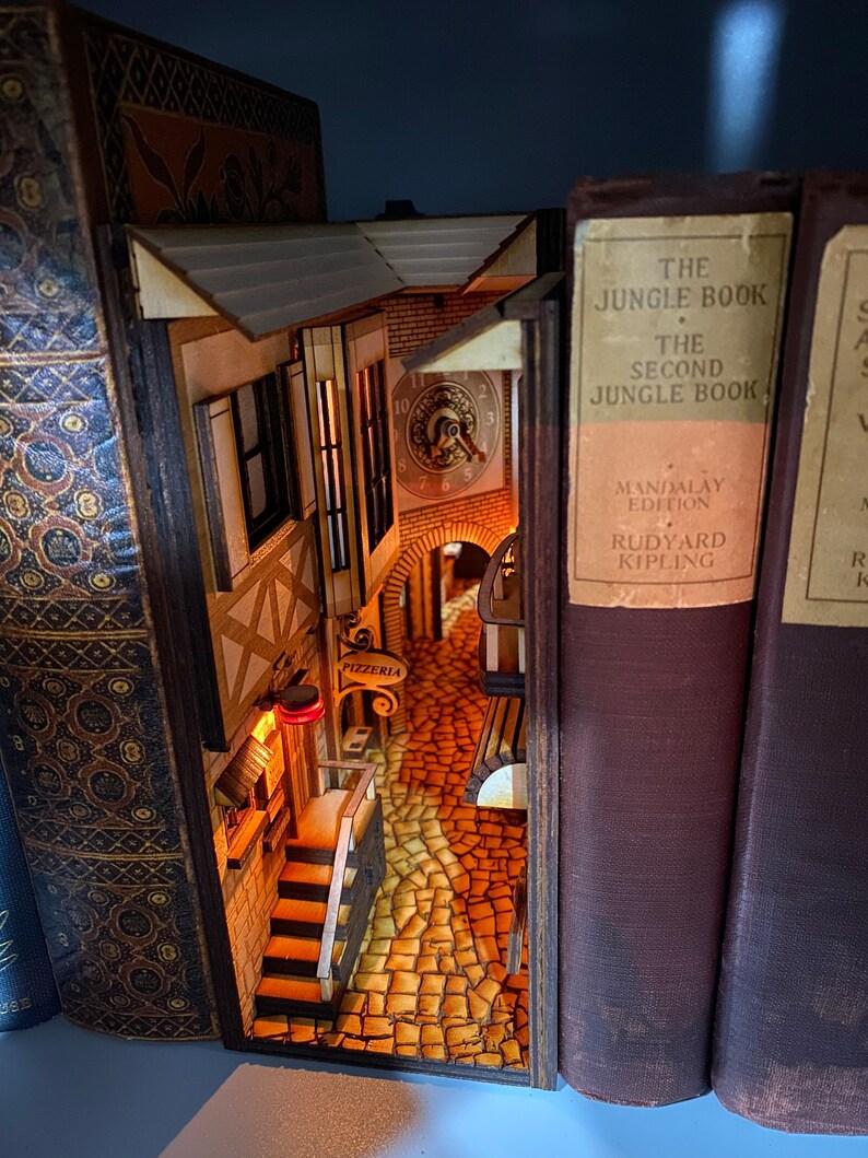 Italian Alleyway Book Nook and Book Shelf Insert  image 0