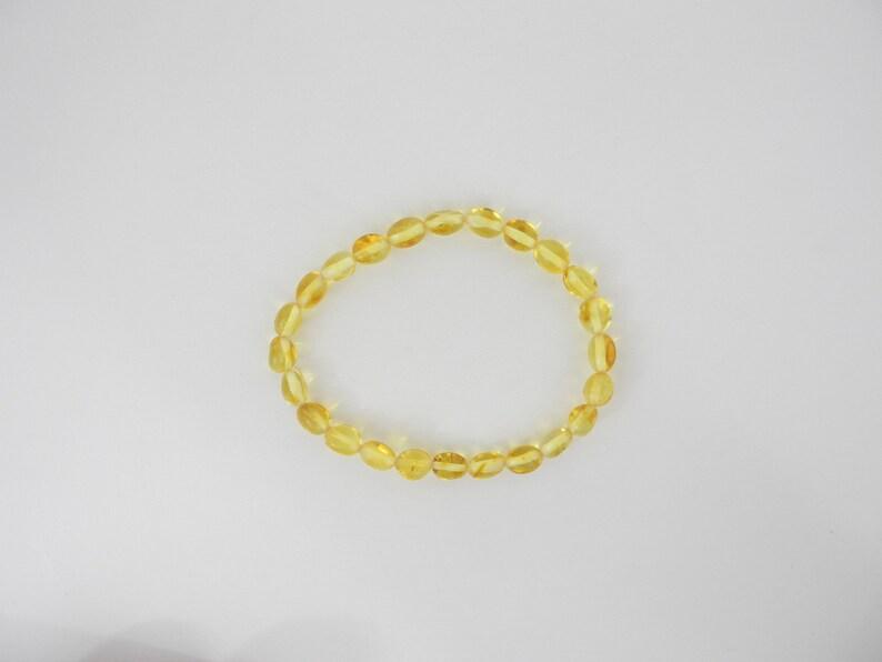 Lemon  8  Alluregem  E1556 NATURAL Baltic Amber Stretch Bracelet