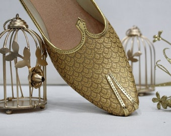 d0d4a6b10 Mens Gold Antique Wedding Shoes Formal Shoes Handmade Jooti Ethnic Jutti  Mens Mojari