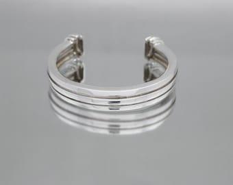 9a6137d8c Beautiful Tiffany & Co. Sterling Silver 1995 Atlas Grooved Cuff Bracelet