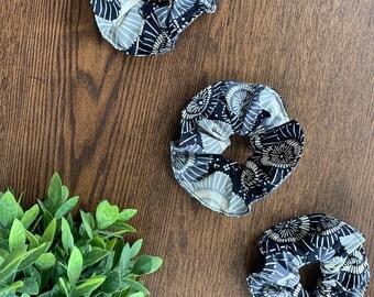 Blue Wagasa Kimono Scrunchie