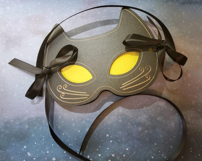 Cat Mask Card