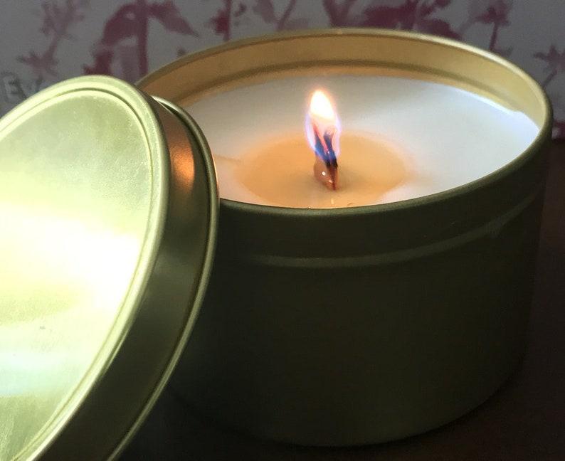 8 Oz Hemp Infused Gold Tin Candle image 0