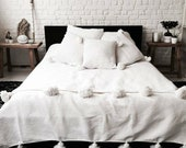 Cotton Blanket, Handwoven Moroccan Blanket, Pom Pom Blanket, Shabby Chic, Soft White Pompom Blanket, Free shipping, Bedroom Decoration
