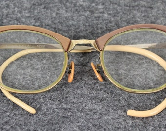 d32de9905b5b Vintage ArtCraft Shuron 6 1/2 LO Gold/Rose Gold Frames With Gemstone  Embilshments Eyeglasses Cats Eye Retro Eyewear 50s-60s